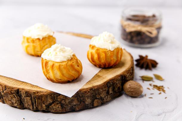 Мини-буше со сливочным сыром