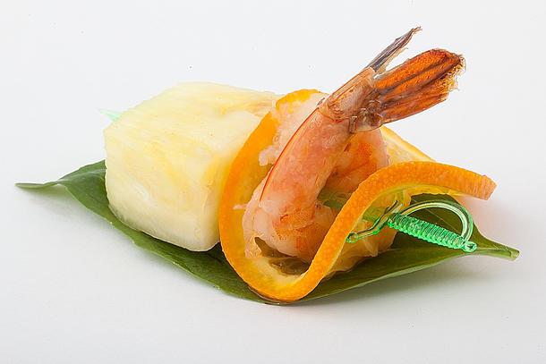 Канапе креветка гриль с ананасом