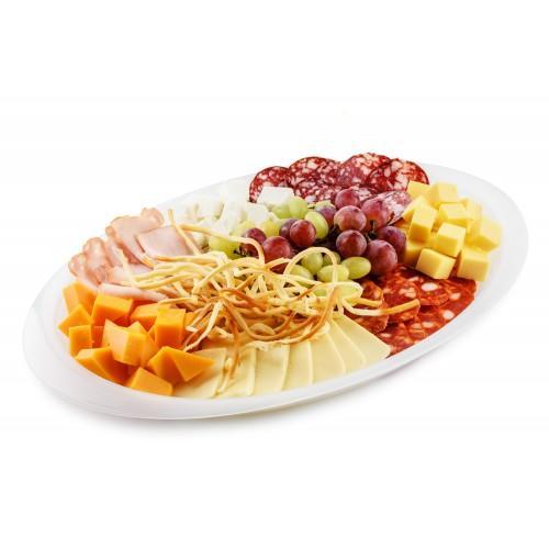 Тарелка сырно-мясной гастрономии