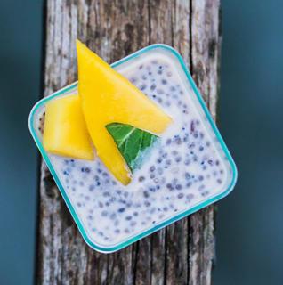 Десерт Чиа с манго