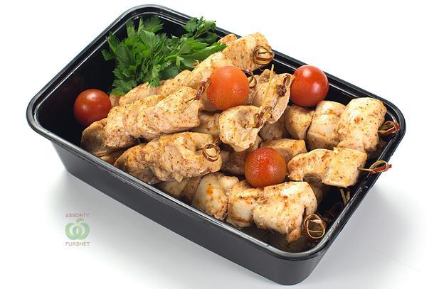 Шашлык мини из курицы в марокканских специях на шпажке (15 шт)