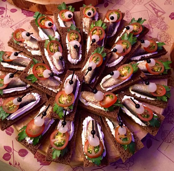 Канапе с рижской рыбкой 1шт