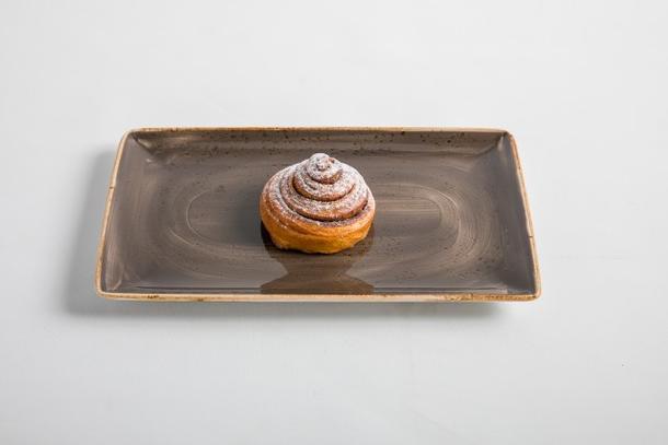 Французская булочка с корицей