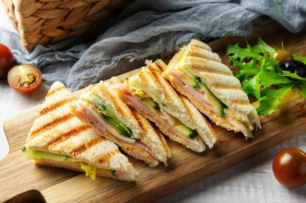 Мини сэндвич с бужениной