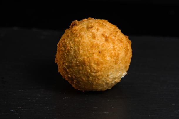 """Картофельные крокеты с сыром """"Чеддер"""""""
