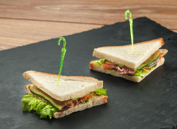 Мини-сэндвичи с сёмгой