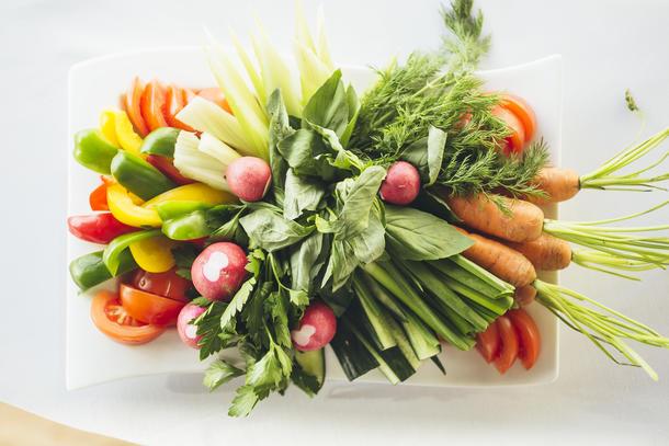 Букет из овощей и зелени