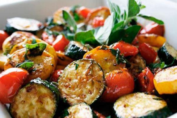 Овощное соте с соусом терияки