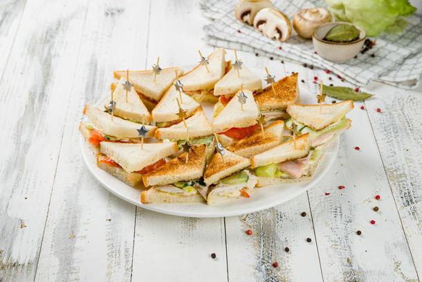 Сет из мини сендвичей