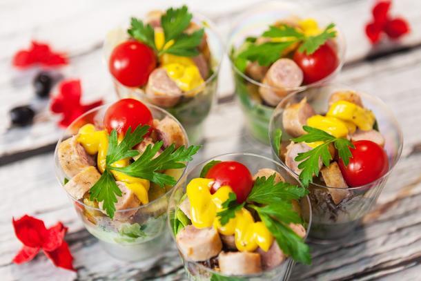 Салат Баварский с колбасками