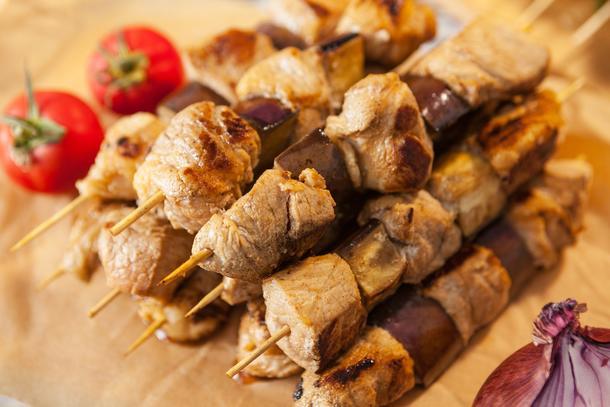 Шашлычки из свининки с баклажанами