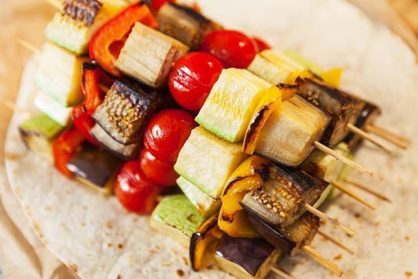 Шашлычки овощные в лаваше