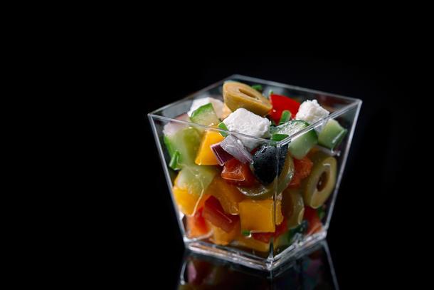 Салат греческий с маслом из виноградных косточек