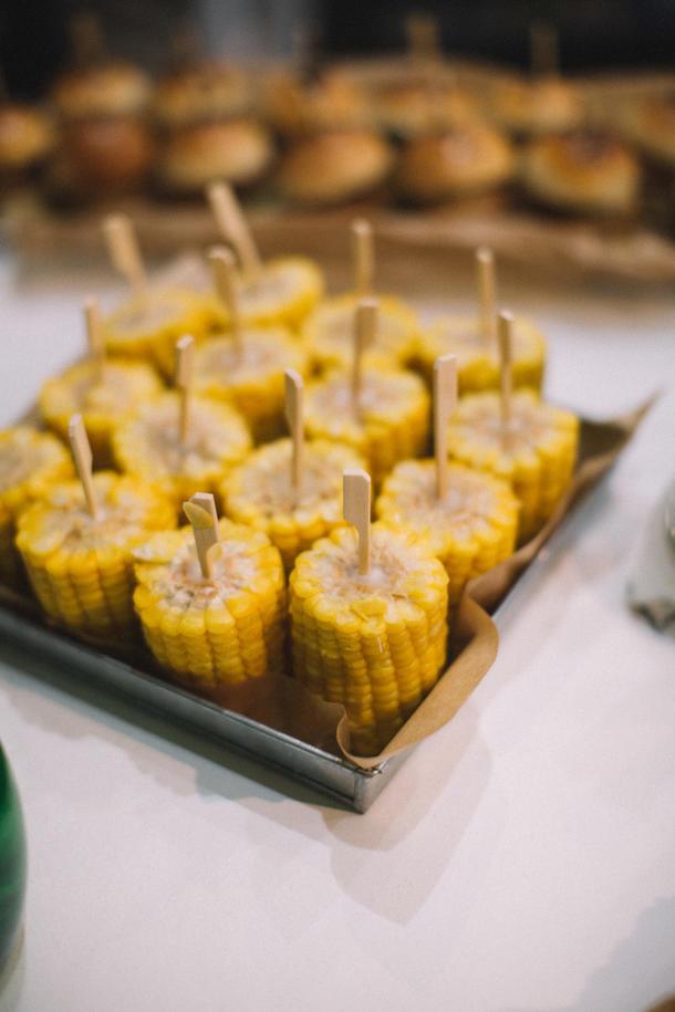 Кукуруза на шпажке