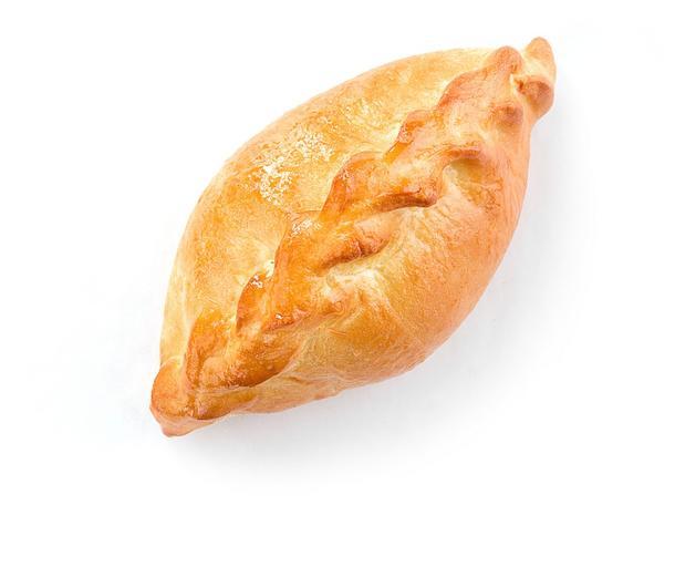 Пирожок с яблоком