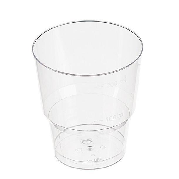 Одноразовый пластиковый стакан.