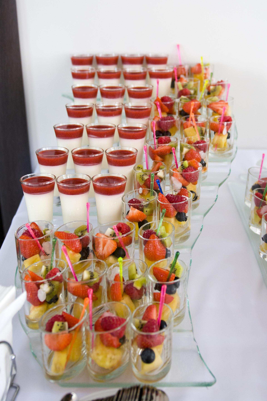 Салаты для молодежной вечеринки в 2019 году